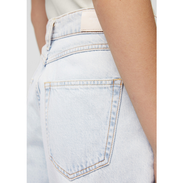 Jeans Modell STINE high waist barrel