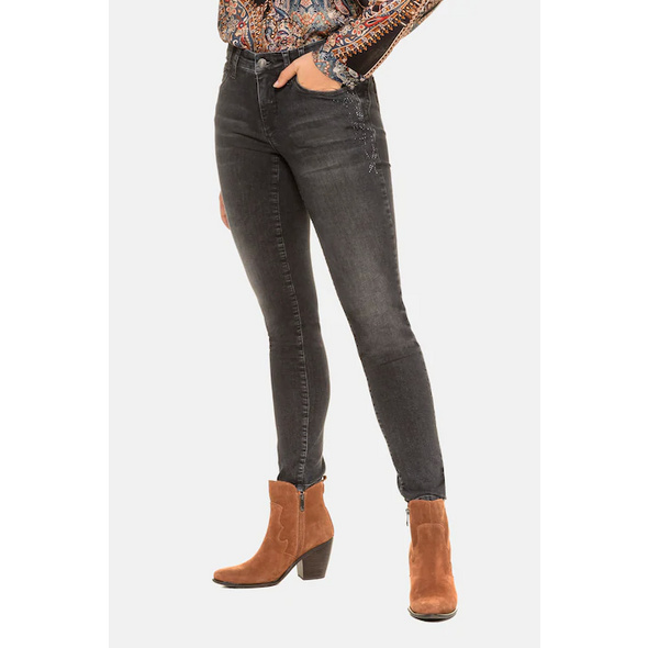 Gina Laura Jeans Julia, Glitzersteinchen, schmale 5-Pocket-Form